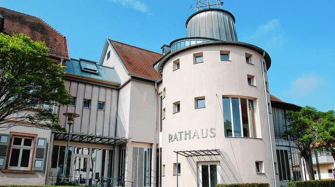 22 Gemeinderäte sitzen ab dem kommenden Jahr in den Sitzungen im Bürgersaal im Rathaus II.