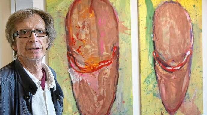 Die roten Schuhe hat Rainer Braxmaier vor zwei Jahren für die Offenburger Schaufensterausstellung gemalt.