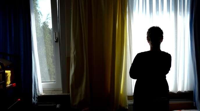 Gewalt gegen Frauen ist kein Randphänomen, auch in der idyllischen Ortenau nicht. So muss der Trägerverein Frauen helfen Frauen, der das Offenburger Frauenhaus betreibt, jährlich 150 (!) schutzsuchende Frauen aus Platzgründen abweisen. Mit einem zweiten Frauenhaus könnte die Misere gelindert werden – wenn genügend Spenden zusammenkommen.