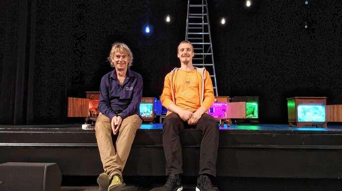 Theaterleiter Edzard Schoppmann (links) und Wiktor Postek bei den Proben zum Baal-novo-Projekt »Utopia oder denk ich an Deutschland«.