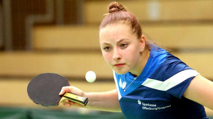 Offenburgs junge Nummer zwei, Jana Kirner, besiegte die Betzinger Spitzenspielerin Schankula.