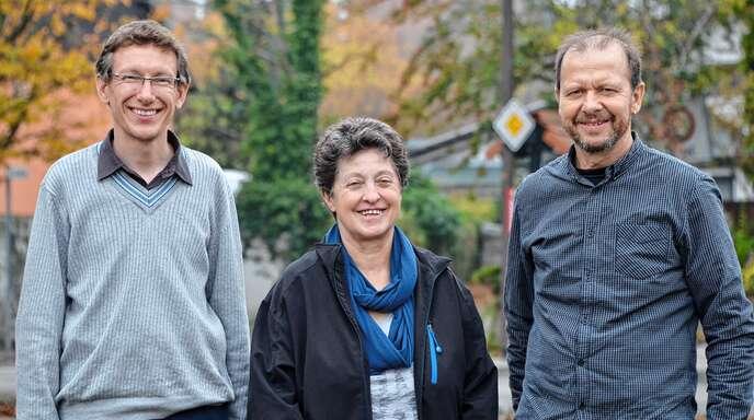 Pastoralreferent Martin Wetzel, Kirchengemeinderatsvorsitzende Helga Hemler und Pfarrer Martin Grab (von links) organisieren die ökumenische Friedensdekade.