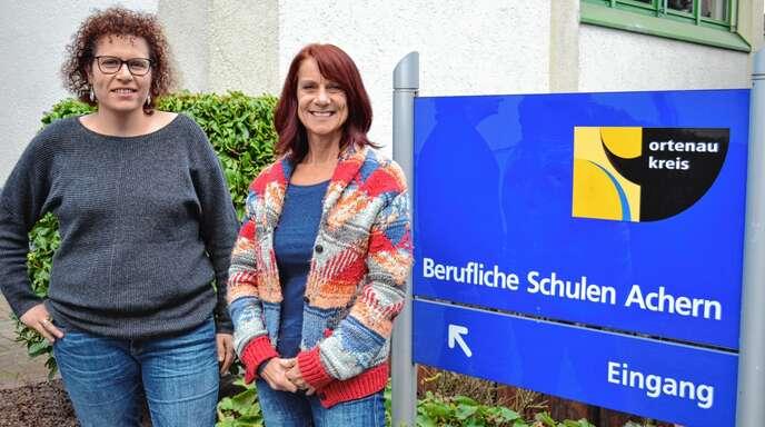 Personell verstärkt ist die Schulsozialarbeit an den Beruflichen Schulen in Achern. Nurgül Aydin (links) kam zum Schuljahrsbeginn dazu, Susanne Bürk ist schon seit 2011 an den Beruflichen Schulen tätig.