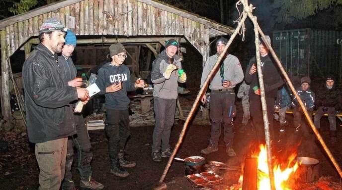Mit der Waldweihnacht endet das Jahr für die Schwanauer Waldläufer.