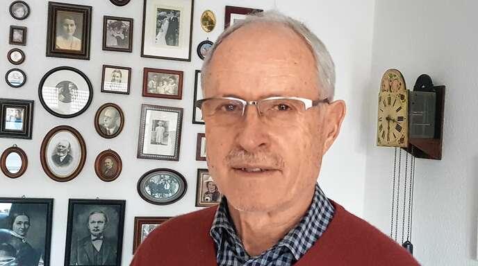 Bertold Thoma, hier in seinem Zuhause in der Schubertstraße, feiert seinen 75. Geburtstag. Im kommenden Jahr tritt er wieder für den Gemeinderat an.