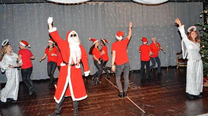 Weihnachtsfeier Unterhaltung.Kinzigtal Schiltach Schenkenzell Sozialgemeinschaft Bietet
