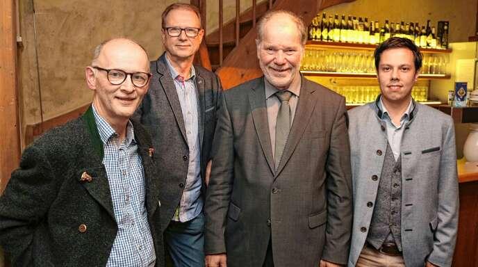 In ihrer Hauptversammlung bestätigten die Naturpark-Wirte ihren Vorstand (von links): Eberhard Junghanns, Manfred Haas, Vorsitzender Rolf Berlin, Christoph Kaltenbach. Nicht auf dem Bild: Jürgen Lauble und Thomas Stolz.