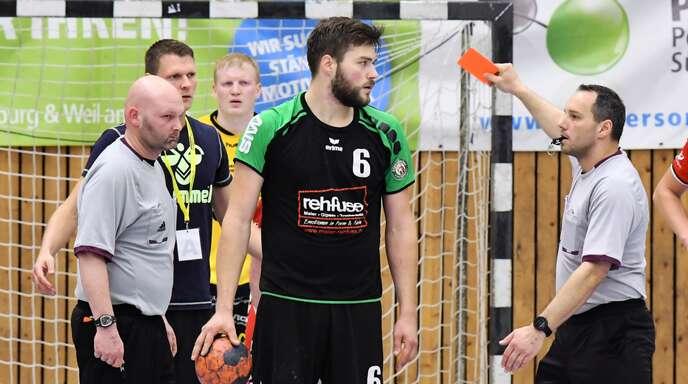 Schiedsrichter – wie hier Markus Schemel und Sandro Ulrich – gibt es inzwischen viel zu wenig in Südbaden.