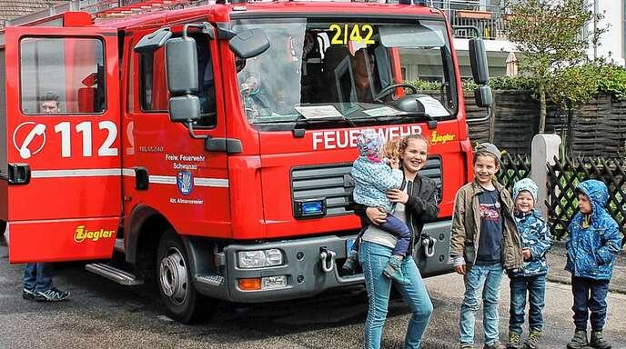 Spaß beim Feuerwehr-Angebot in Allmannsweier hatten auch die jüngeren Gäste.