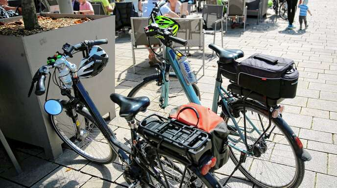 Einen Zuschuss zum Leasing von E-Bikes will die Stadt schon bald ihren 460 Mitarbeitern gewähren.