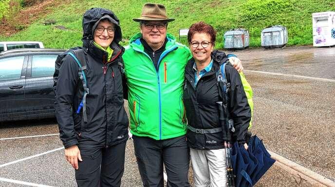 Zwei Bloggerinnen aus dem Hunsrück-Gebiet, die auf der Wandersinfonie in Bad Peterstal-Griesbach unterwegs waren, konnte Tourismus-Chef Axel Singer für einen viertägigen Aufenthalt begrüßen.