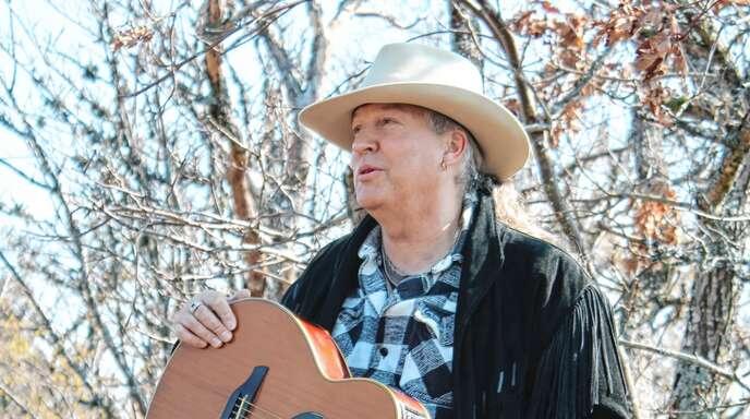 Ein Mann wie ein Felsen. Musiker Buddy Hills ist in den Vogesen zu Hause.