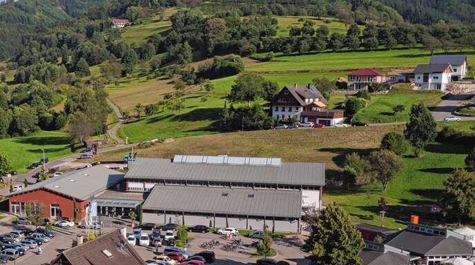 Die Stadt Oppenau will ihre Kapazitäten für sportliche- und kulturelle Veranstaltungen erweitern und hierzu einen Multifunktionsraum an die Günter-Bimmerle-Halle anbauen.