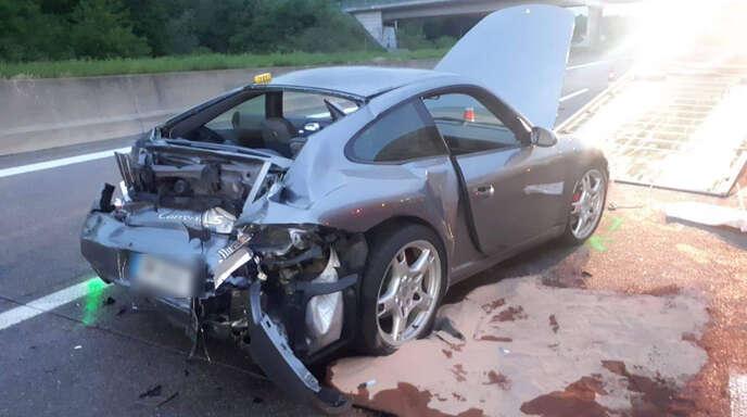 62 Jahriger Porsche Fahrer Stirbt Bei Unfall Auf A5 Baden Online Nachrichten Der Ortenau Offenburger Tageblatt