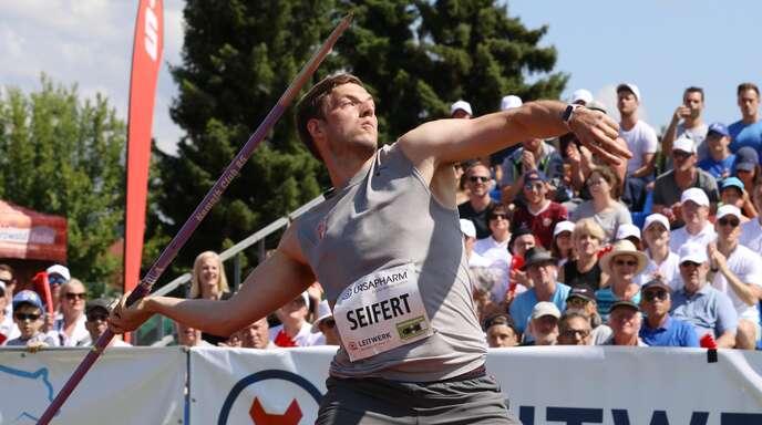 Hautnah dabei waren die Zuschauer schon im vergangenen Jahr, als Bernhard Seifert (Potsdam) mit 85,17 Metern damals persönliche Bestweite erzielen konnte.