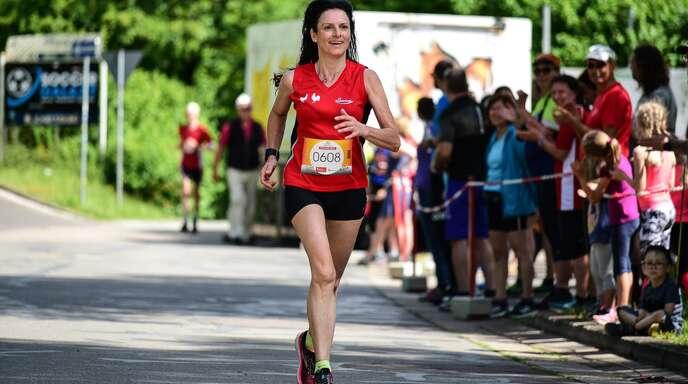 Corinna Leible hatte beim 10 Meilenlauf in Köllerbach Spaß.
