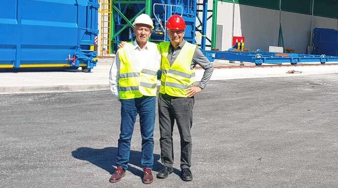 Petros Angilidis, Bürgermeister von Serres, und Acherns Alt-OB Reinhart Köstlin beschäftigen sich unter anderem mit der Müllverwertung.