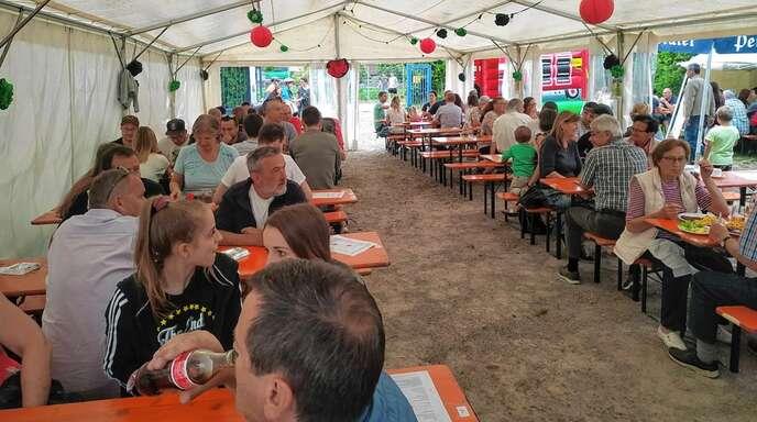 Neben dem zweitägigen Programm schätzten die Besucher in Önsbach auch das gute Essen.