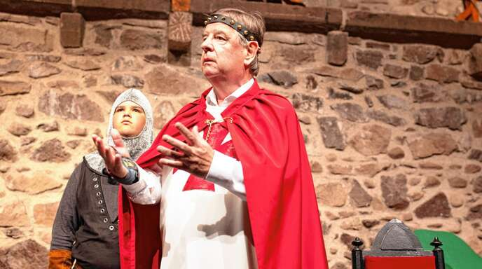 Versprechen eingelöst: Willi Stächele als Richard Löwenherz im neuen Burgbühnen-Stück »Robin Hood«.