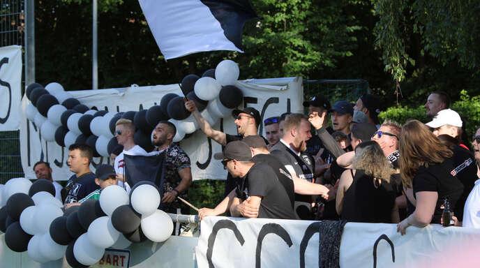 Die Fans des SC Offenburg durften den Aufstieg in die Landesliga bejubeln.