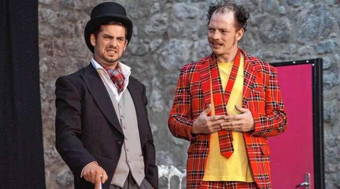 Ingo und Ralph Woesner zeigten beim Laufer Theatersommer eine komödiantische Meisterleitung.