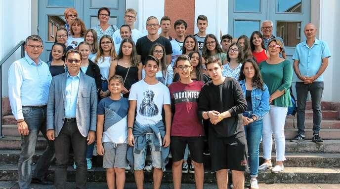 Bei einem Empfang im Acherner Rathaus rief OB Klaus Muttach den deutschen und griechischen Schülern die teils leidvolle gemeinsame Vergangenheit in Erinnerung.