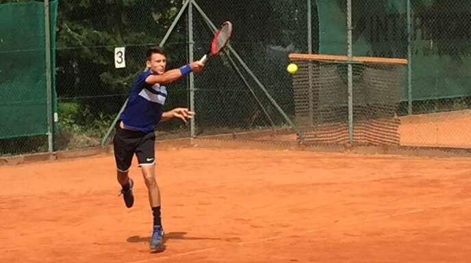 Jan-Luca Disson vom TC Bohlsbach startet als großer Favorit auf den Titel in der männlichen U21 in die Offenburger Stadtmeisterschaften im Tennis.