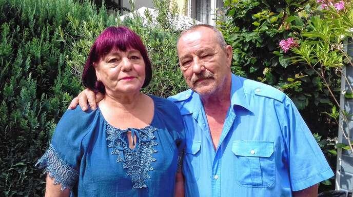 Angela und Bernhard Bolek feiern heute ihre goldene Hochzeit. Das kleine Foto zeigt sie am Tag der Trauung im Jahr 1969.
