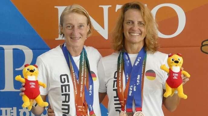 Das Lahrer Duo bei der Schwimm-WM der Masters in Südkorea: Susanne Reibel-Oberle (l.) und Ursula Schröck.