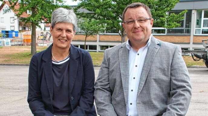 Die Heimschule Lender hat eine neue Schulleitung, Petra Dollhofer ist die neue Direktorin und der Diplomhandelslehrer Philipp Friedmann ihr Stellvertreter.
