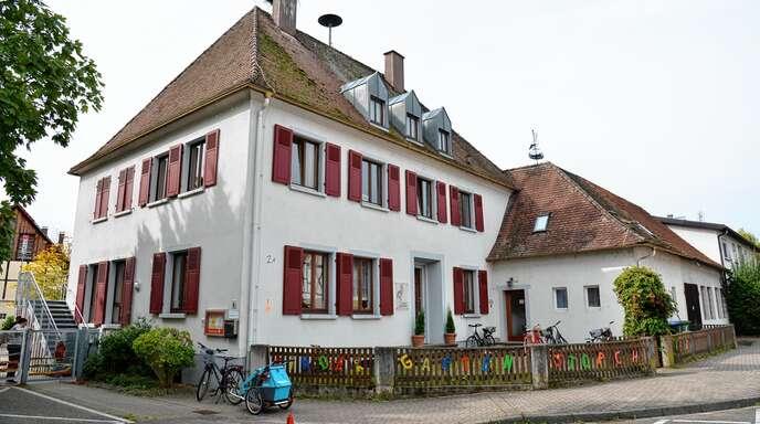 In Rheinbischofsheim muss dringend der Kindergarten Storchennest erweitert werden. Dies ist mit einem Dachausbau oder in Modulbauweise geplant.