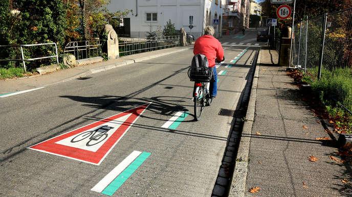 Immer häufiger werden nach Beobachtung des Allgemeinen Deutschen Fahrrad Clubs (ADFC) in der Ortenau Radwege zugeparkt. Die Mitglieder des Clubs wehren sich, indem sie Falschparker anzeigen. Auch den Städten ist das Problem bekannt.