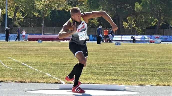 Im rutschigen Diskusring hielt der Lahrer Matthias Laube seine Konkurrenten auf Distanz.