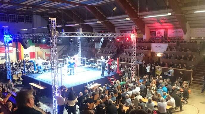 Ein letztes Mal wird die Großmarkthalle in Lahr hochklassigen Boxsport erleben.