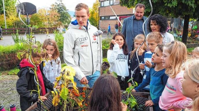 Grundschule Grossweier Erneut Fur Schulgarten Ausgezeichnet Baden Online Nachrichten Der Ortenau Offenburger Tageblatt