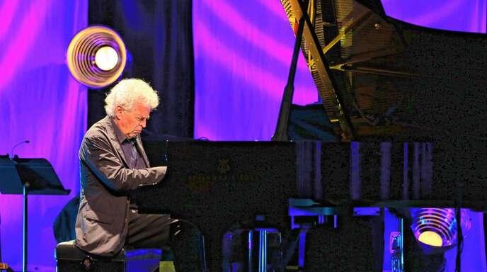 Feierte sein Idol Coleman: Pianist Joachim Kühn.