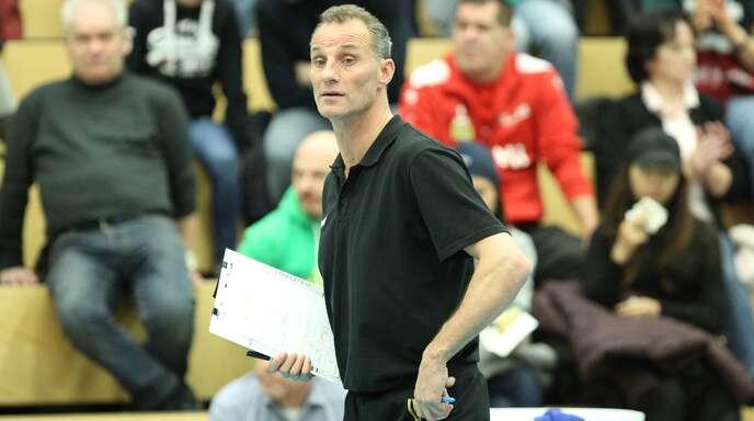 Bühls Trainer Johan Verstappen traut seinem Team gegen Haching eine Überraschung zu.