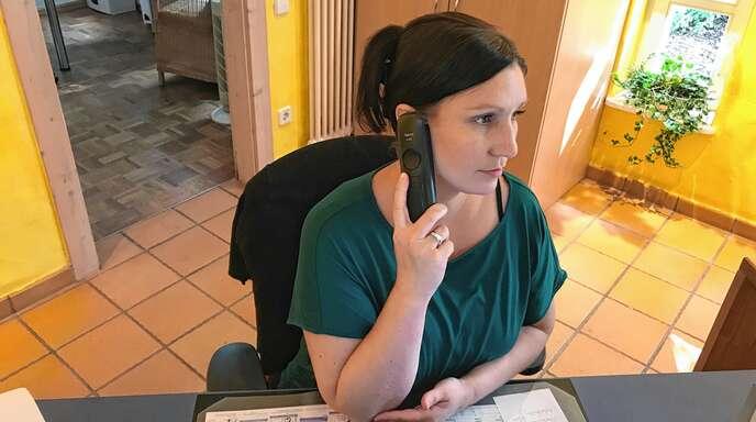 Neue Familien stehen meist unangemeldet im Elternhaus. Sonja Schmidt und ihre Kolleginnen versuchen nicht nur bei der Zimmervergabe auf die Bedürfnisse der Familien einzugehen.
