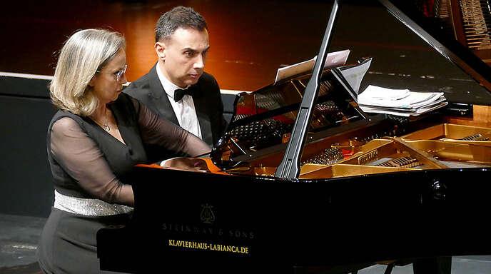 Zwei Seelen und vier Hände: die Klaviervirtuosen Carles & Sofia.