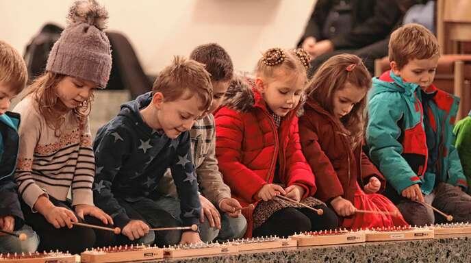 Auch die Kleinen zeigten bei dem Adventskonzert, wie musikalisch sie sind.