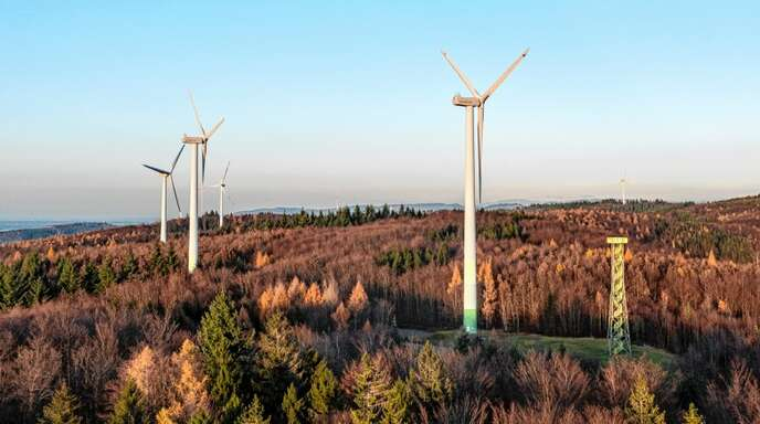 Die fünf rund 20 Jahre alten Windräder über Ettenheim, Mahlberg und Kippenheim sollen durch drei neue ersetzt werden.