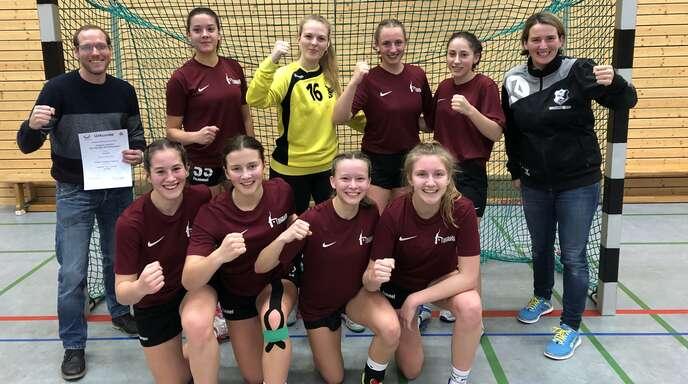 Die Handball-Mädchen vom Schiller-Gymnasium Offenburg jubelten am Montag über den Sieg im Kreisfinale.