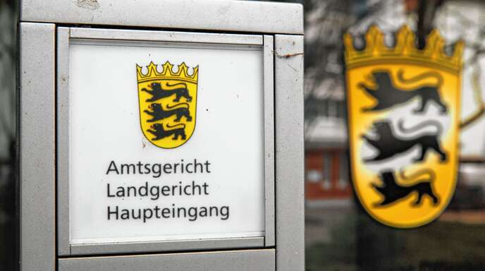 Vor dem Offenburger Landgericht sagte am Freitag der Türsteher aus, der am 25. August 2018 vor einem Kehler Nachtclub angefahren wurde.