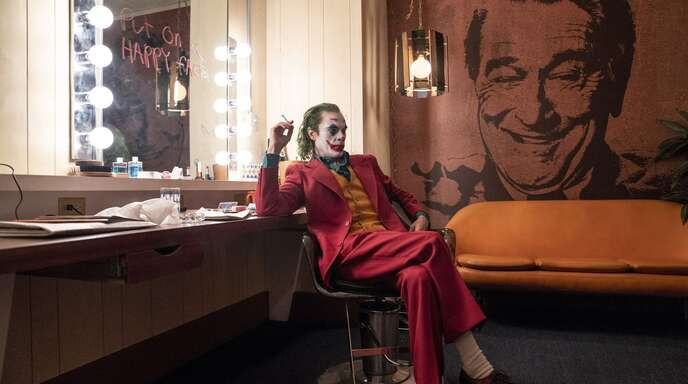 """Er hat bereits den Golden Globe geholt, nun ist er auch der erste heißer Anwärter auf den Oscar als bester Hauptdarsteller: Joaquin Phoenix in """"Joker"""""""
