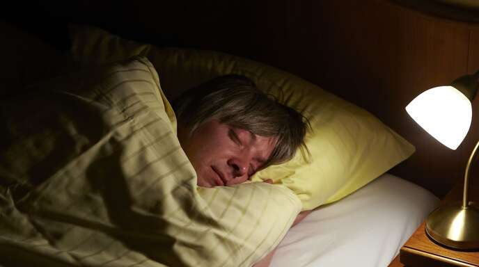 Wer gut schläft, kommt besser durch den Tag.