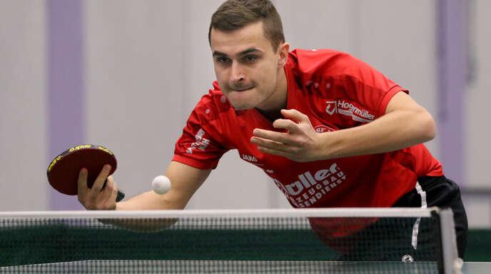 Hohbergs Jonas Degen gewann sein Einzel beim 9:3 in Gnadental souverän in drei Sätzen.