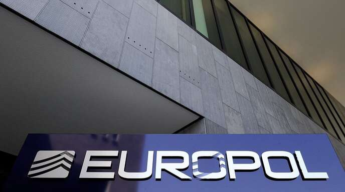 Europol hat zahlreiche gefälschte Corona-Medikamente sichergestellt.