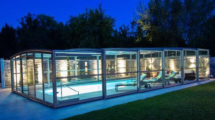Oase aus einer Hand: Herfurth Pool & Co. und die Firma Paradiso realisieren den ganz individuell geplanten Traum vom Strandfeeling im eigenen Garten.