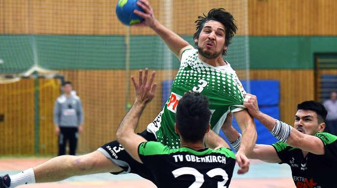 Rückraumschütze Philipp Hackl spielte seit den Minis beim HC Hedos Elgersweier.