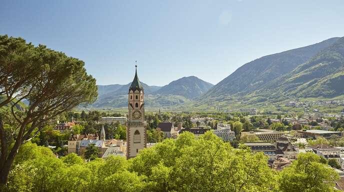 Südtirol (hier Meran) bietet schöne Landschaften – Schweine sind allerdings ein Industrieprodukt.